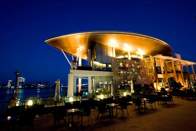Top 10 nhà hàng đẹp, nổi tiếng nhất ở Đà Nẵng 7